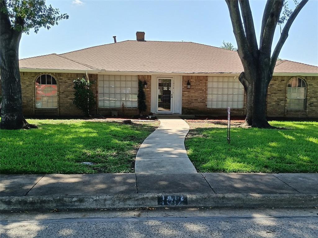 1012 Cloverdale Ln, Desoto, TX 75115