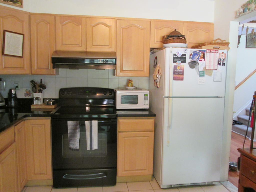 106 Rambling Brook Rd #106, Chappaqua, NY 10514