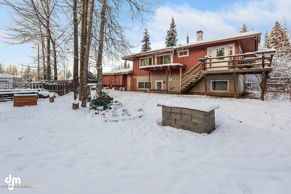 5537 Dorbrandt St, Anchorage, AK 99518