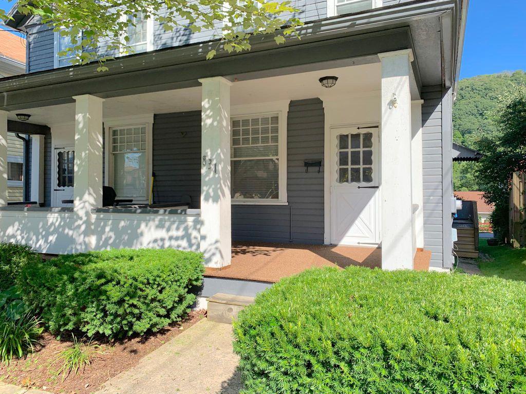 831 Vickroy Ave, Johnstown, PA 15905