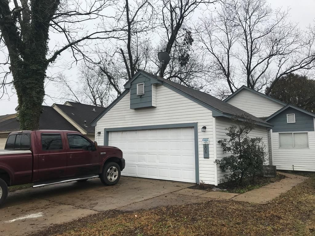 206 Elizabeth Ln, West Memphis, AR 72301