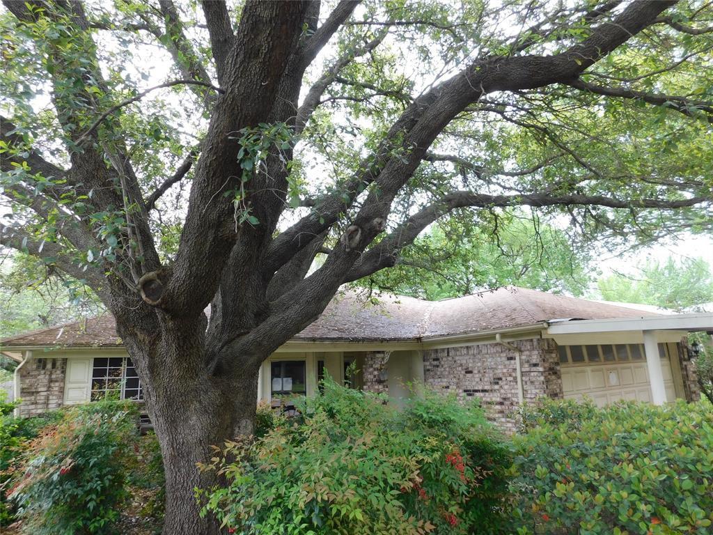 6617 Valley View Dr, Watauga, TX 76148