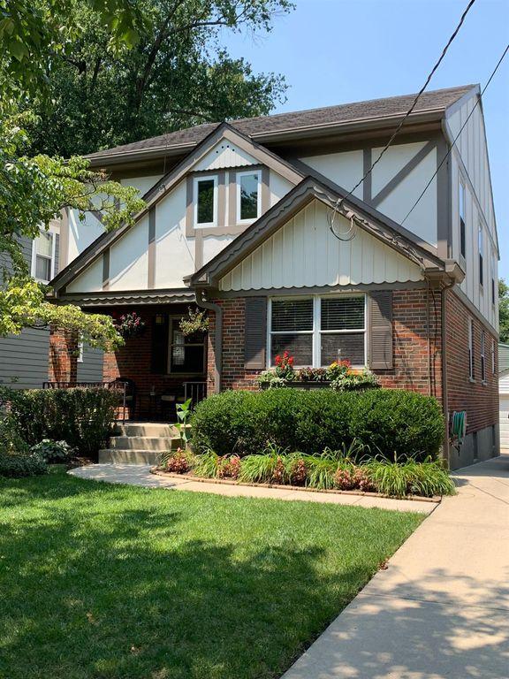3833 Homewood Rd, Cincinnati, OH 45227