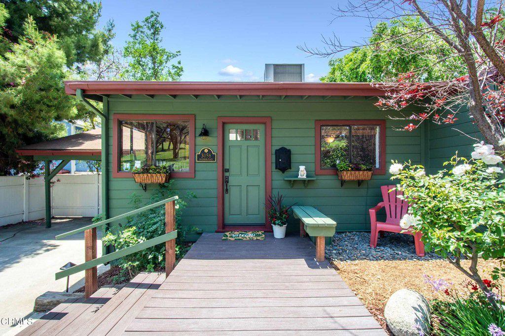 3058 Roderick Pl, Los Angeles, CA 90065