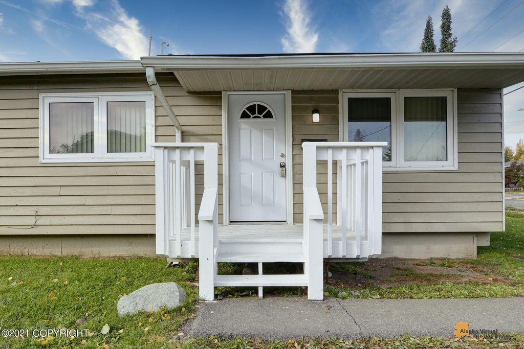 3414 E 16th Ave, Anchorage, AK 99508