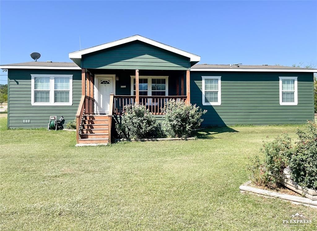 1404 Avenue J, Cisco, TX 76437
