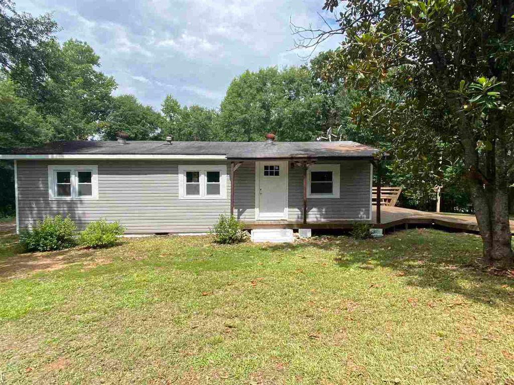 545 N McDonough Rd, Griffin, GA 30223