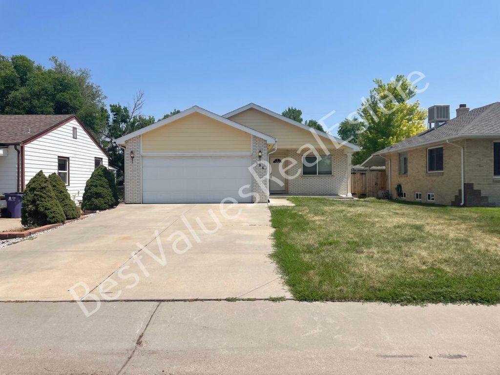 894 S Krameria St, Denver, CO 80224