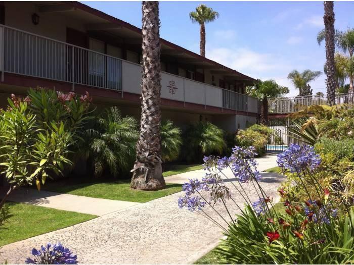 795 N Bellflower Blvd, Long Beach, CA 90815