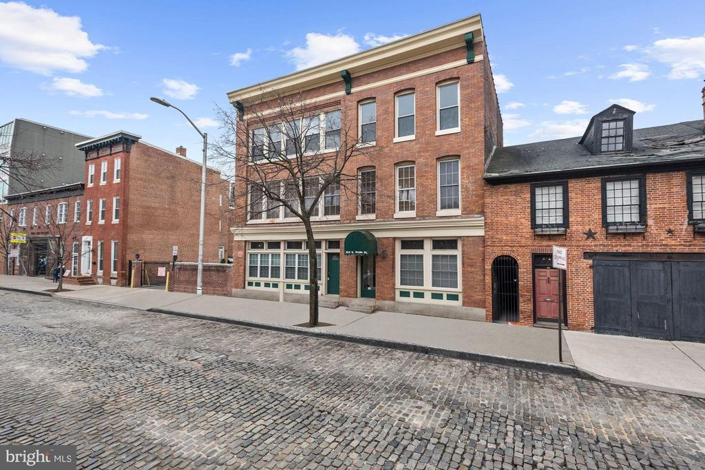 702 S Wolfe St #2, Baltimore, MD 21231