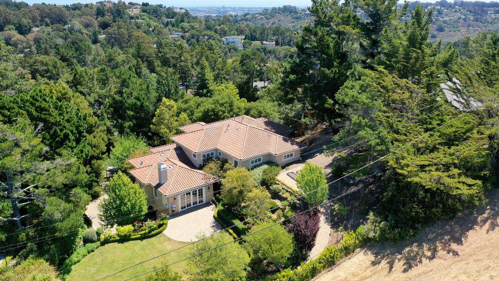 1615 Wedgewood Dr, Hillsborough, CA 94010