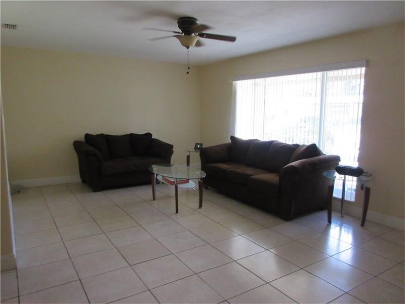 2982 NW 73rd Ave, Sunrise, FL 33313