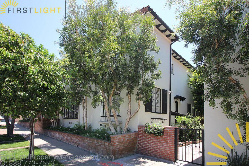 10830 Lindbrook Dr #7, Los Angeles, CA 90024