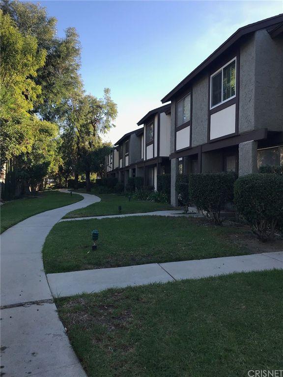 19000 Archwood St #8, Reseda, CA 91335