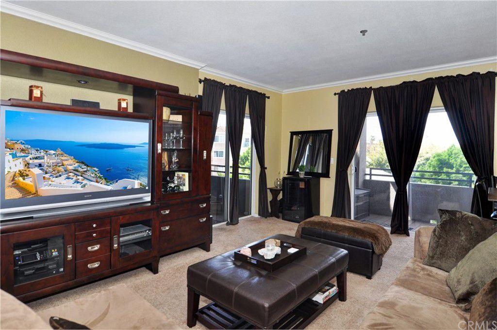 838 Pine Ave #309, Long Beach, CA 90813