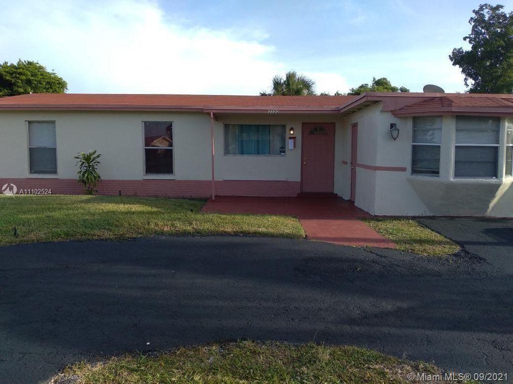 3550 NW 17th St, Lauderhill, FL 33311