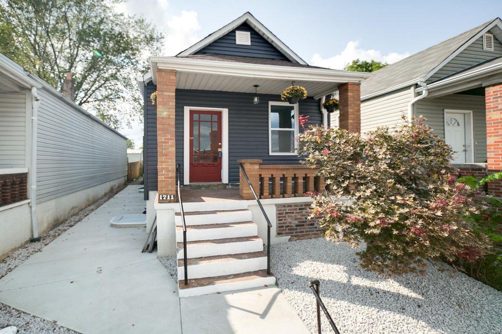 1711 Marconi Ave, Saint Louis, MO 63110