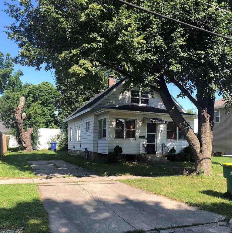 310 S Clay St, Green Bay, WI 54301
