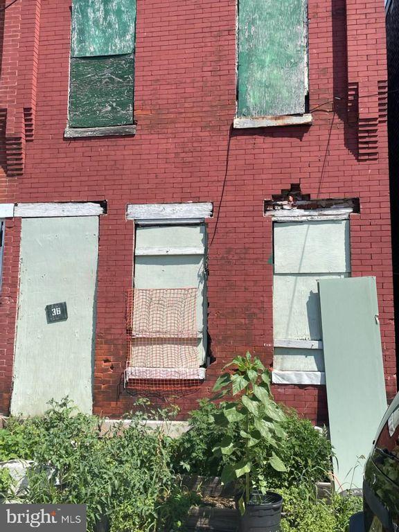 36 Commerce St, Trenton, NJ 08618