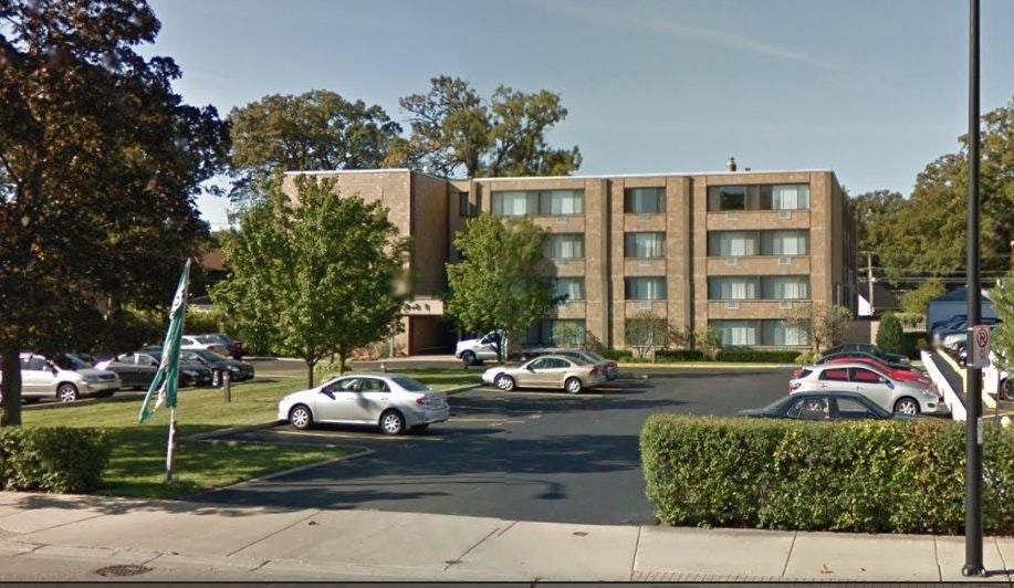 141 Green Bay Rd #104, Wilmette, IL 60091