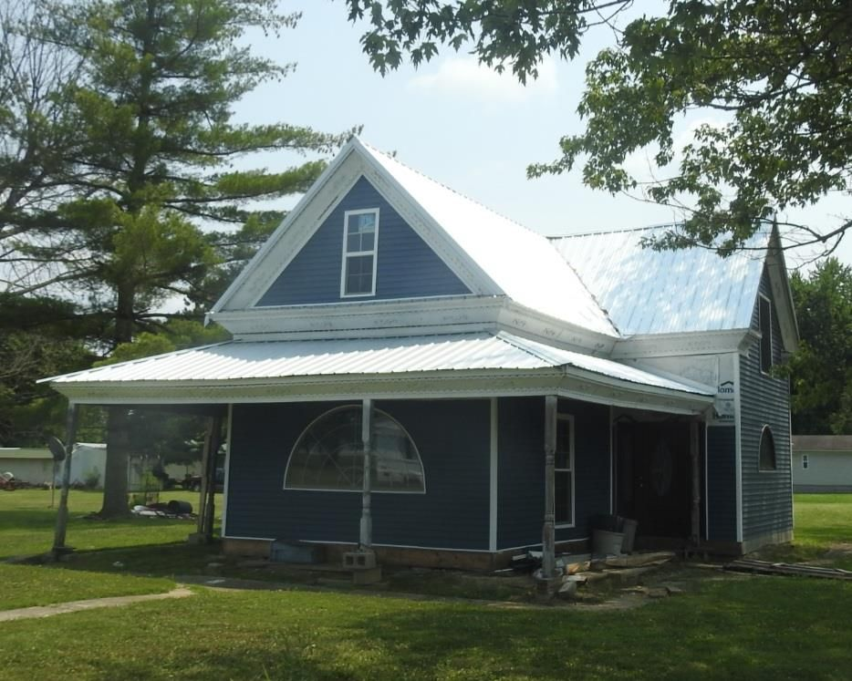 405 5th St, Centertown, KY 42328