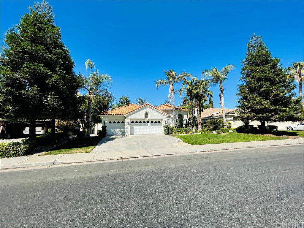 1315 Fieldspring Dr, Bakersfield, CA 93311