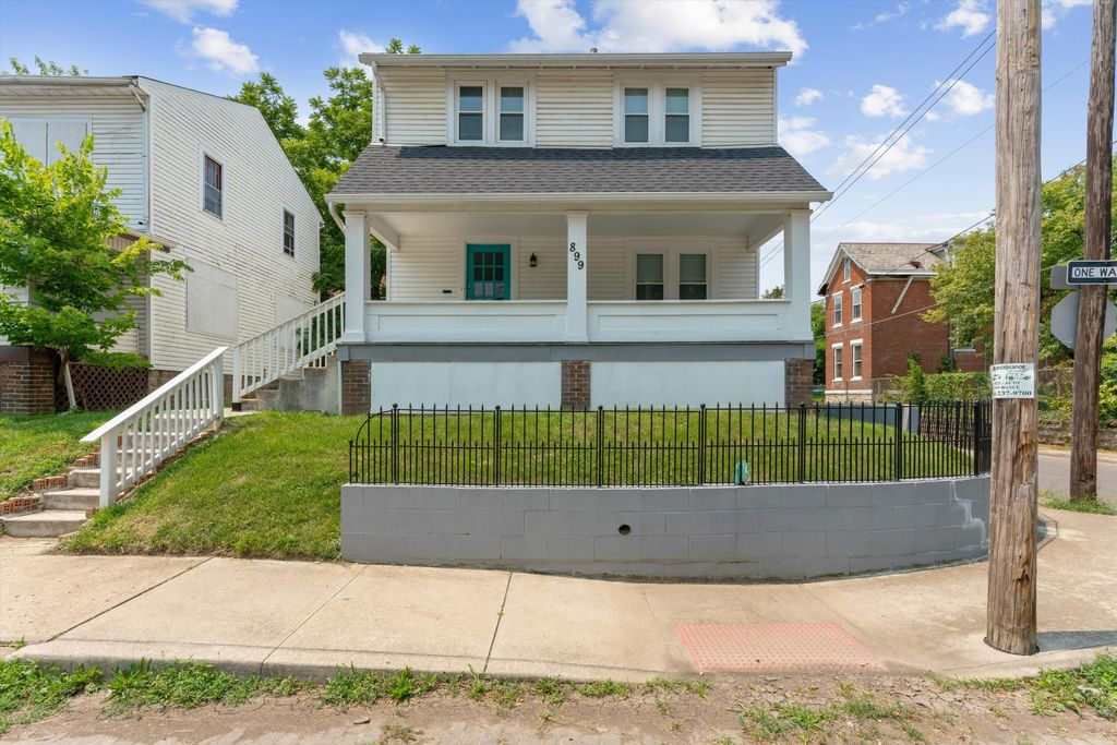 899 Carpenter St, Columbus, OH 43206