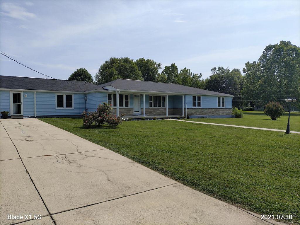 1764 Plateau Rd, Crossville, TN 38571