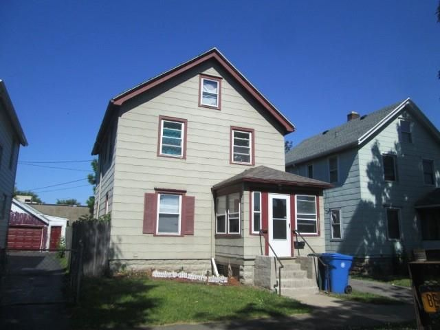 15 Depew St, Rochester, NY 14611