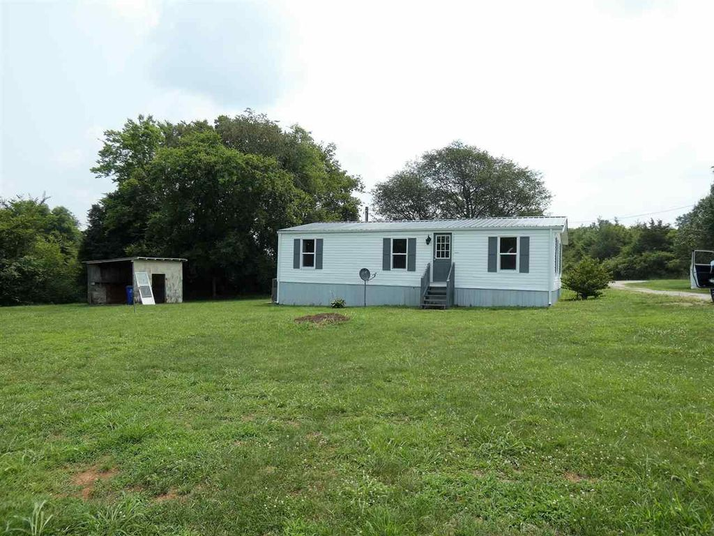 1010 Concord Rd, Russellville, KY 42276