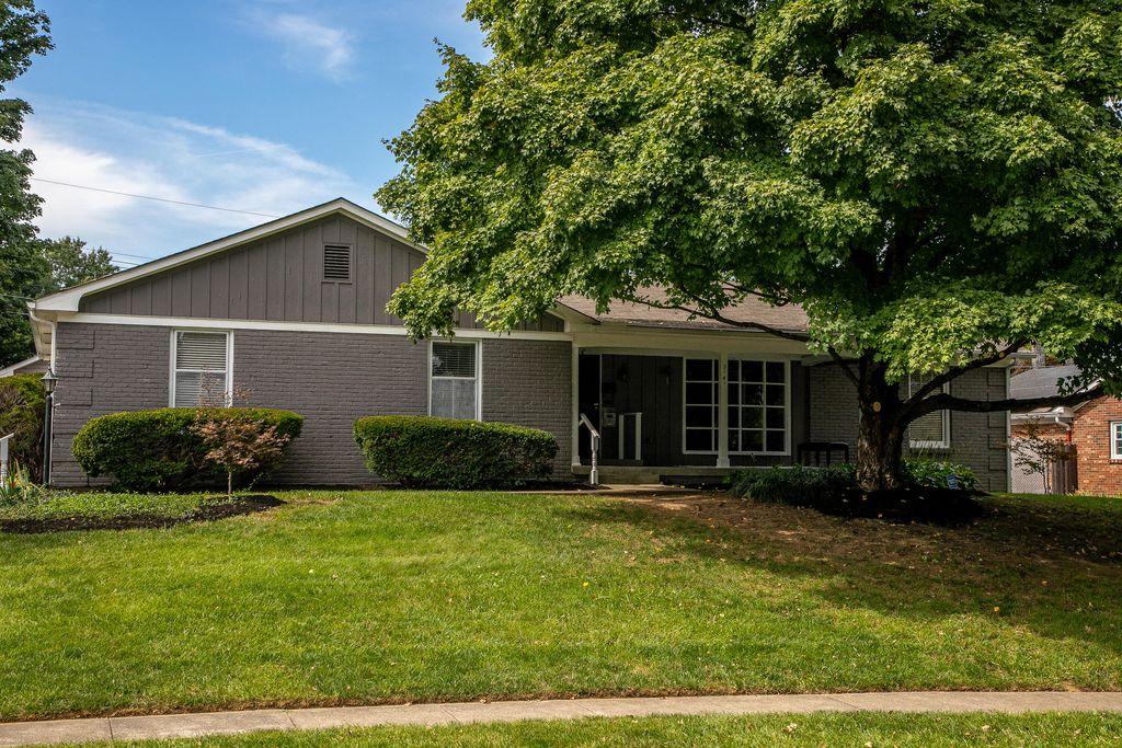 3141 Montavesta Rd, Lexington, KY 40502
