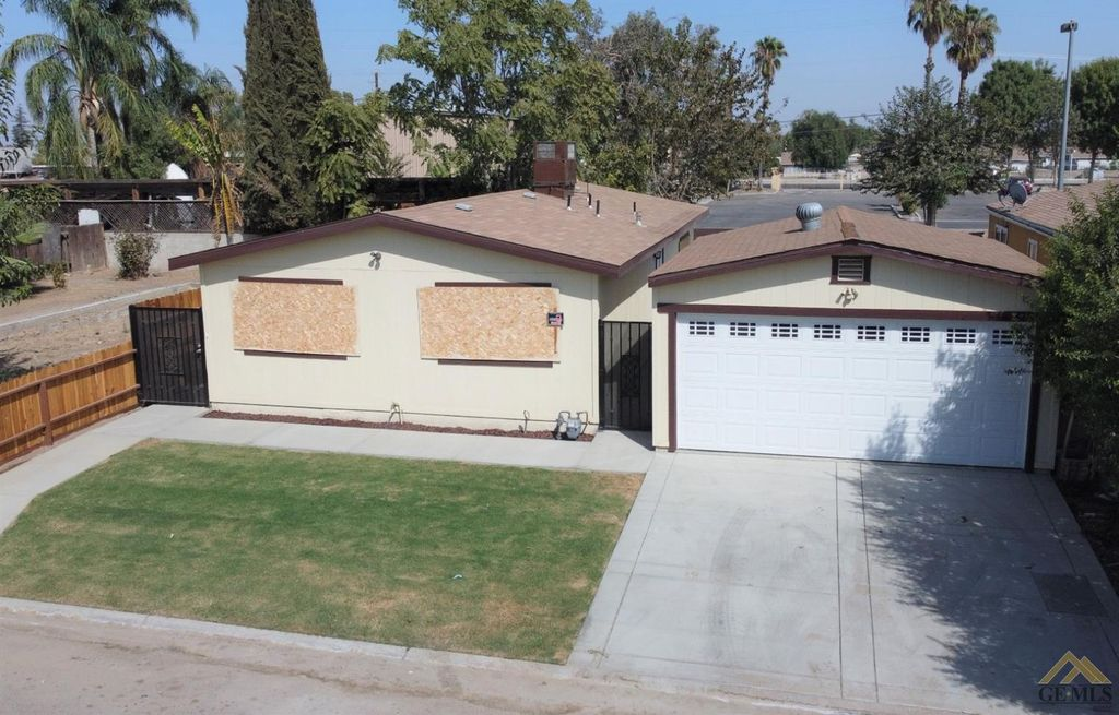 499 Pacheco Rd #154, Bakersfield, CA 93307