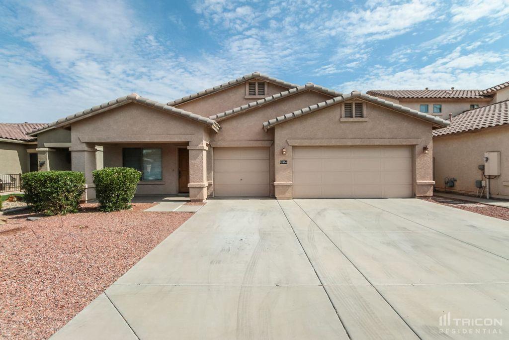 12814 W Clarendon Ave, Avondale, AZ 85392