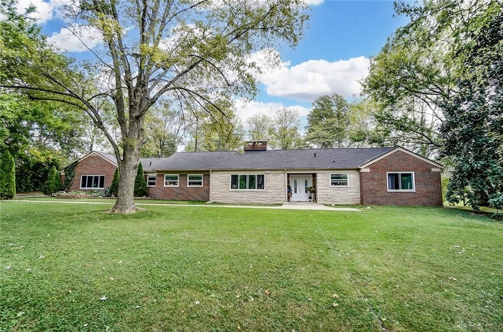 413 N Marshall Rd, Middletown, OH 45042
