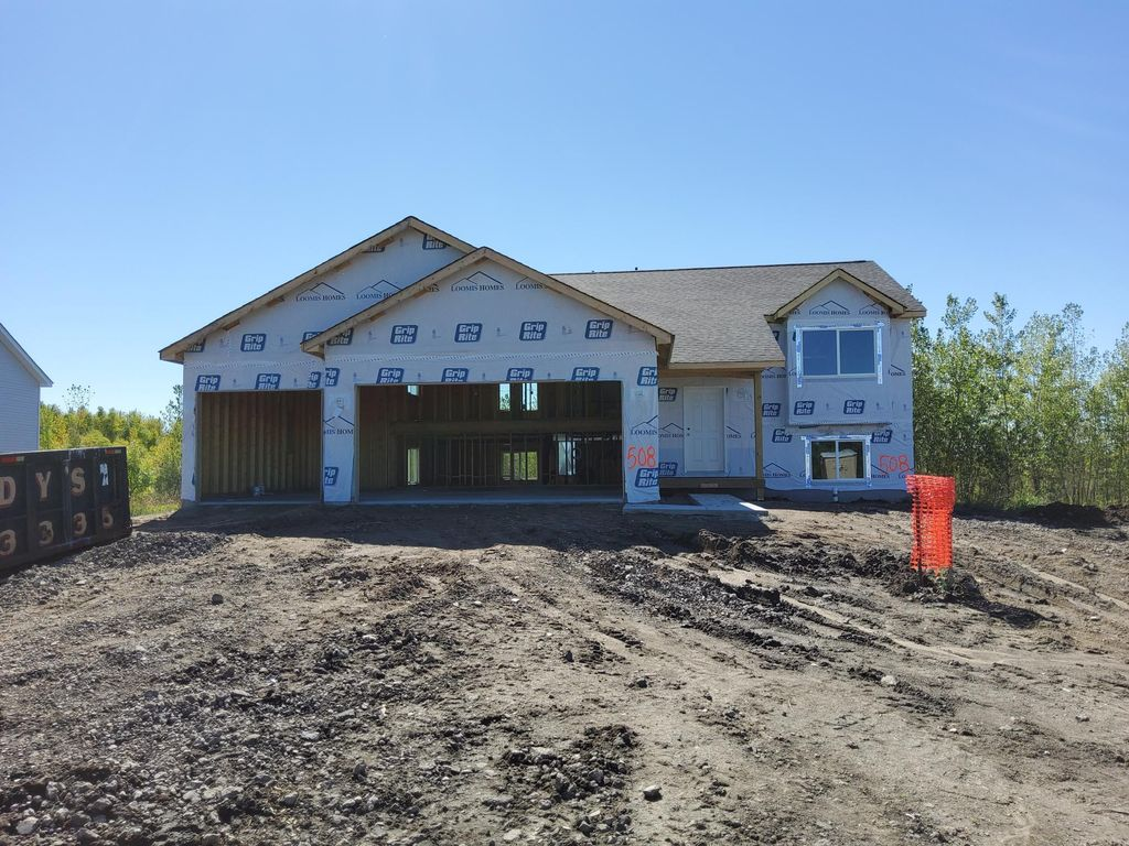 508 Tanner Dr, Waverly, MN 55390