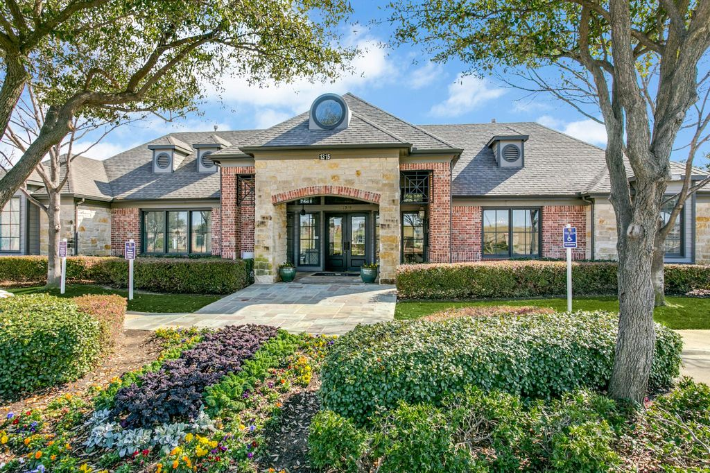 1315 Riverchase Dr, Coppell, TX 75019