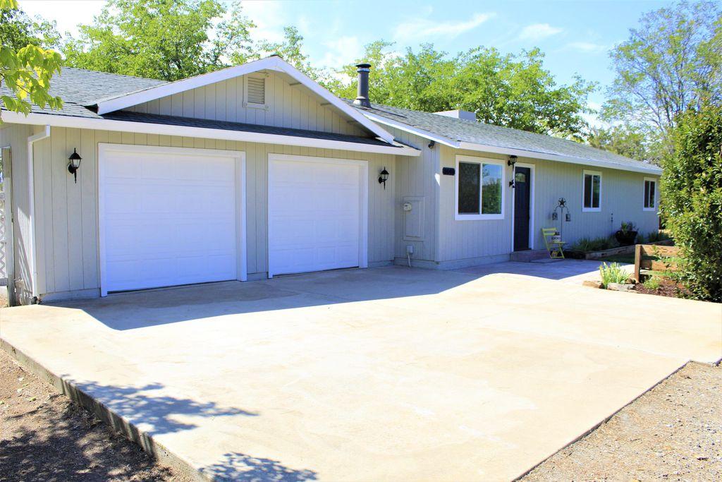 3640 View Acres Dr, Cottonwood, CA 96022
