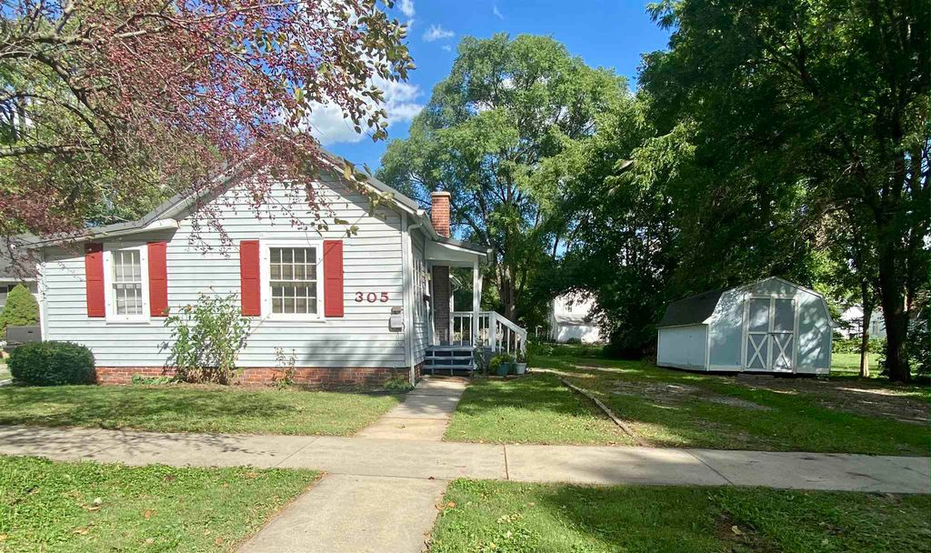 305 S 1st St, North Manchester, IN 46962