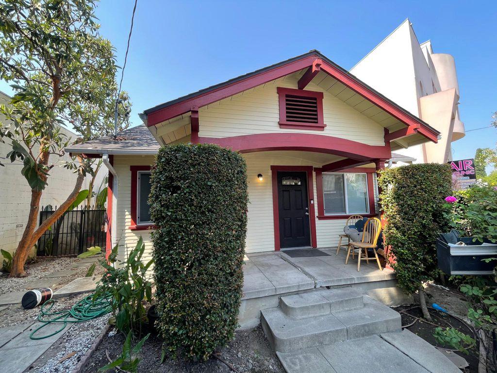 4018 Fountain Ave, Los Angeles, CA 90029