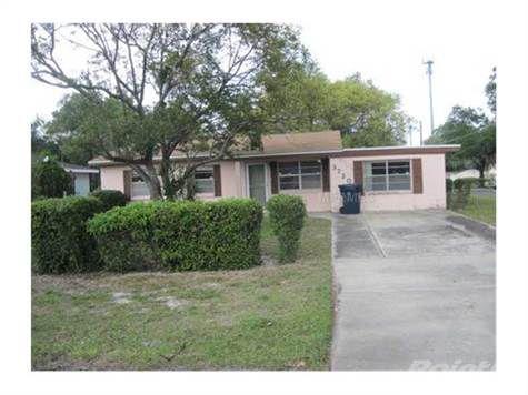 3720 E Mcberry St, Tampa, FL 33610