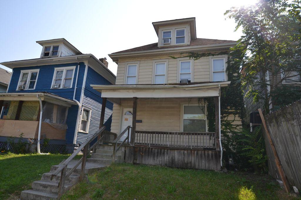 188 S Eureka Ave, Columbus, OH 43204