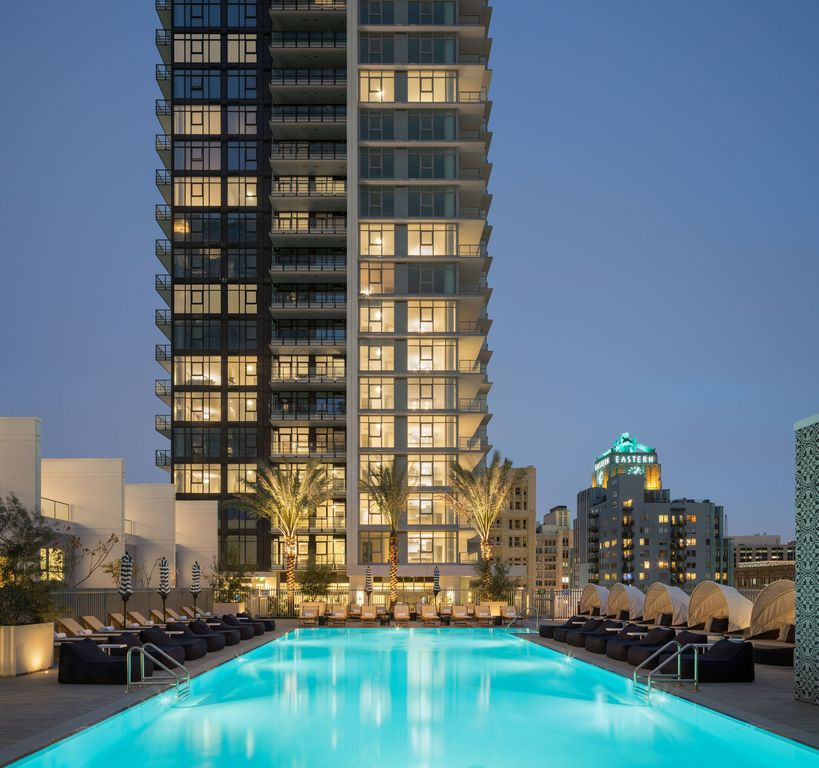 825 S Hill St #1605, Los Angeles, CA 90014