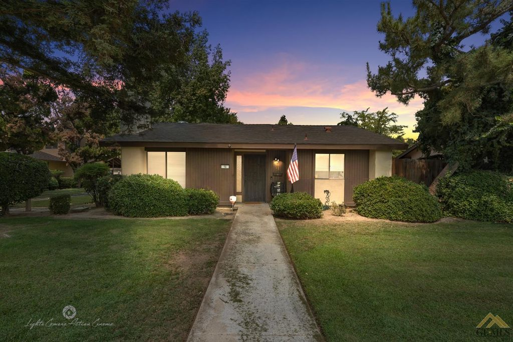 4800 Treanna Ave #1A, Bakersfield, CA 93309