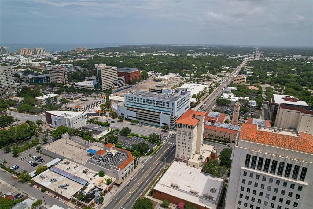 1990 Main St #5, Sarasota, FL 34236