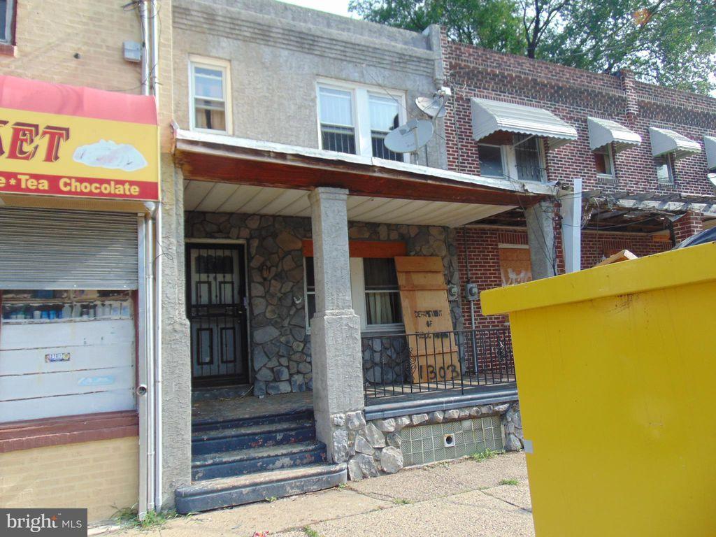 1303 Browning St, Camden, NJ 08104
