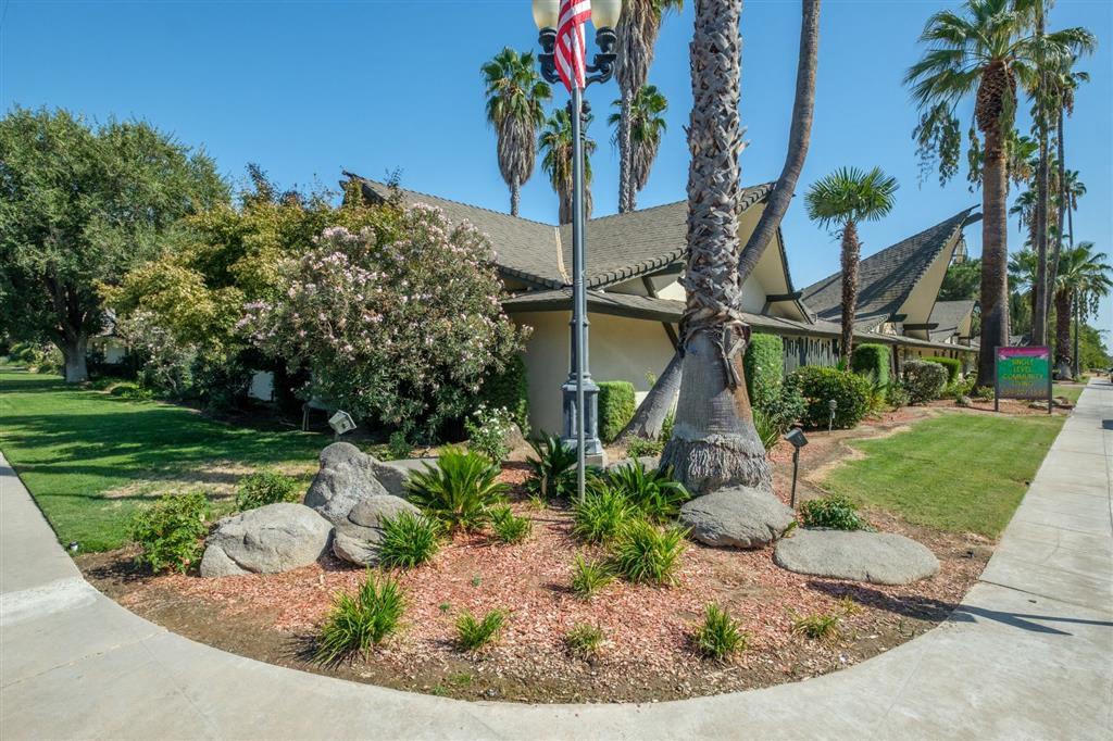 4888 N Glenn Ave, Fresno, CA 93704