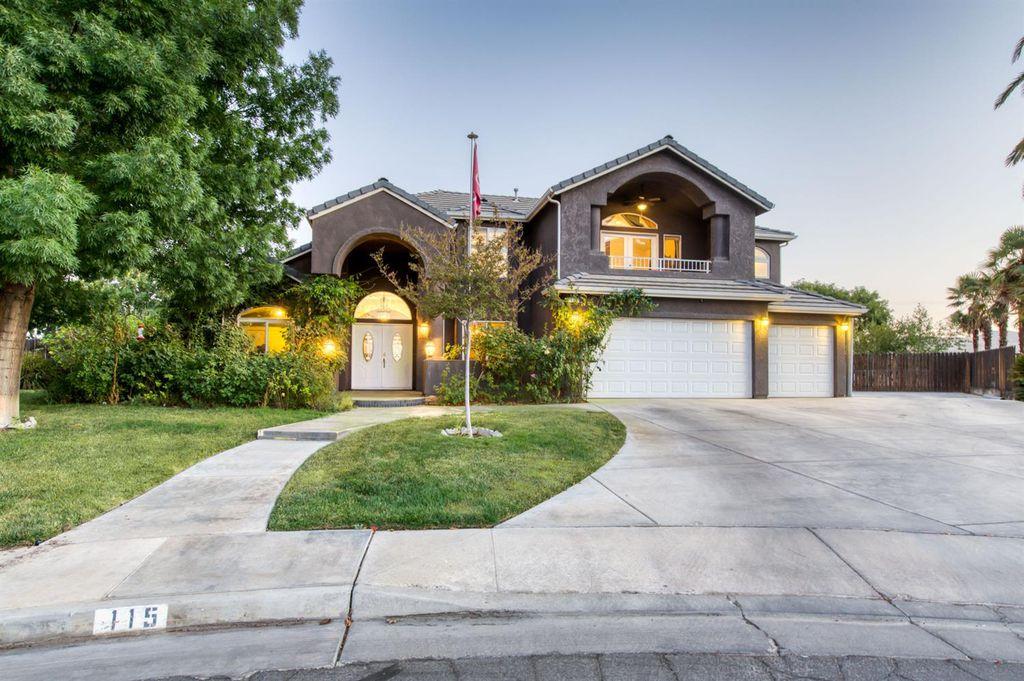 115 Hill View Ln, Coalinga, CA 93210