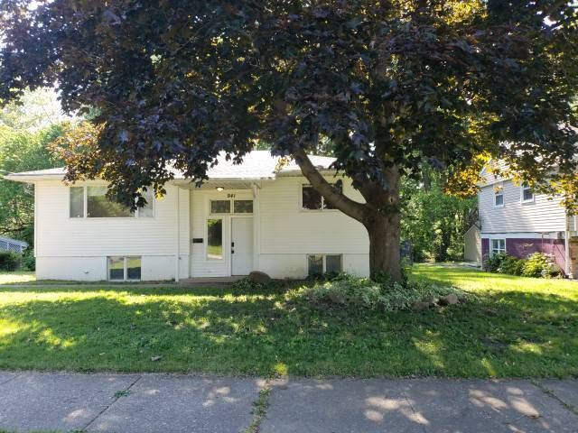 941 North Ave, Painesville, OH 44077