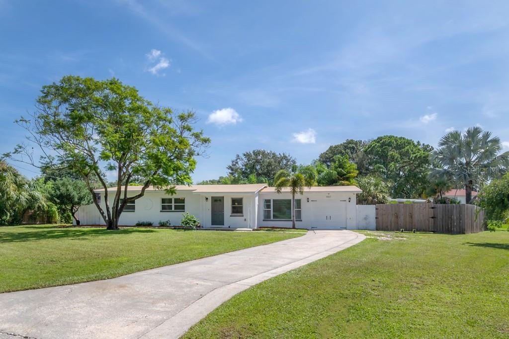 4107 W Coachman Ave, Tampa, FL 33611