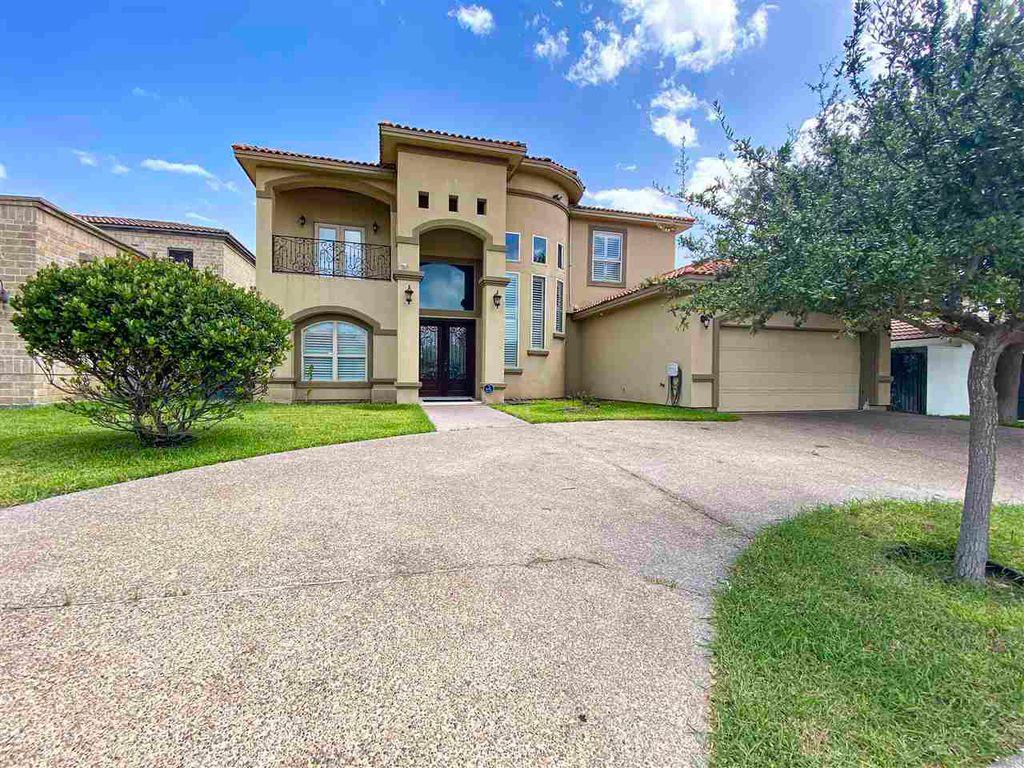 319 Lake Carnegie Ct, Laredo, TX 78041